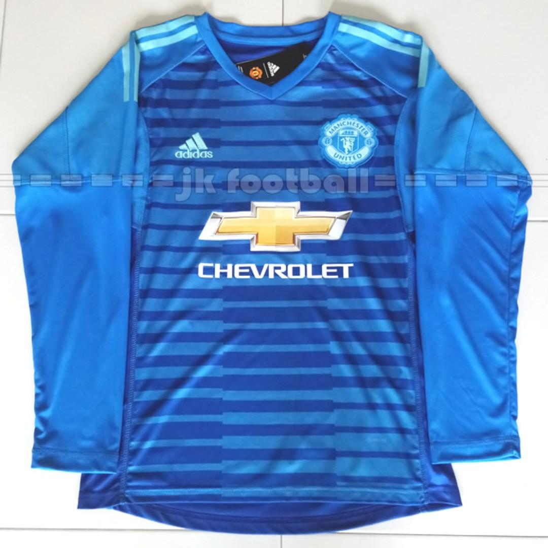 check out b0661 649c7 Manchester United Goalkeeper Jersey Blue, Sports, Sports ...