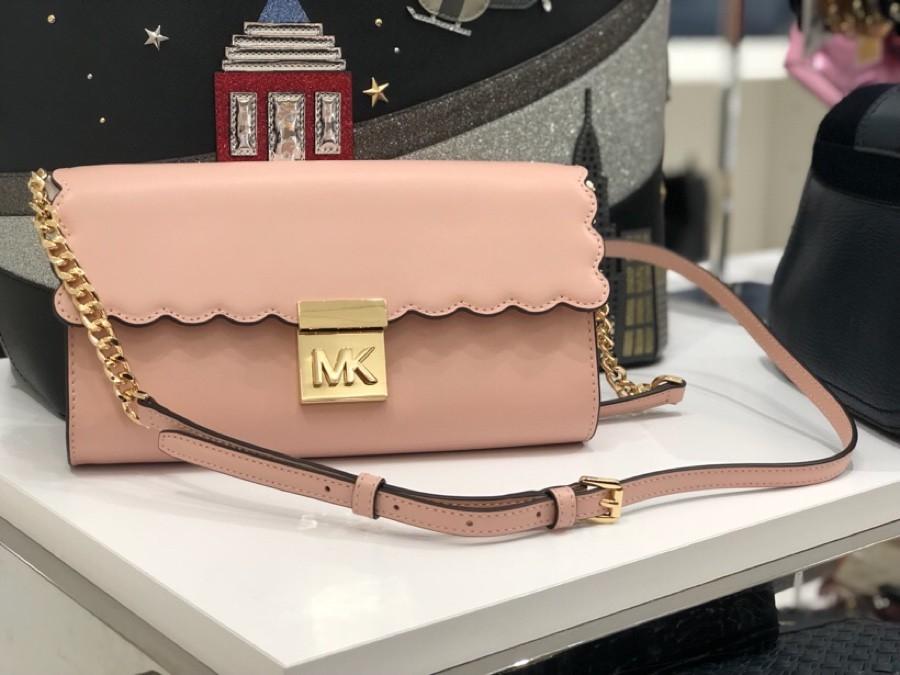 5b5e196ba9ad8d Michael Kors Mindy Crossbody Clutch - Pre-order, Luxury, Bags ...