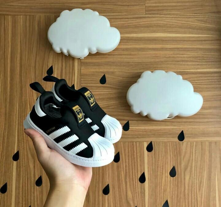 New Adidas Superstar