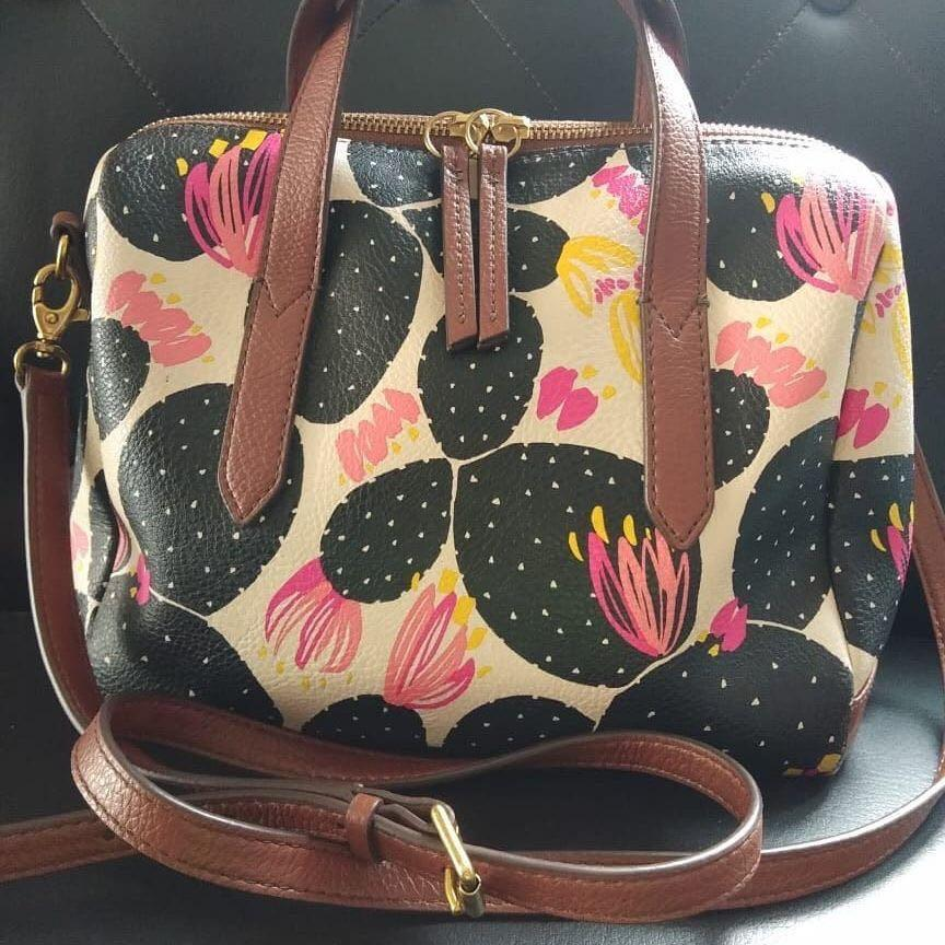Preloved fossil flower kokoh mulus bahan kulit asli 👍 limited edition