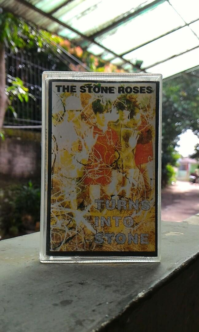 "The Stone Roses ""Turn Into Stone"" - Kaset"