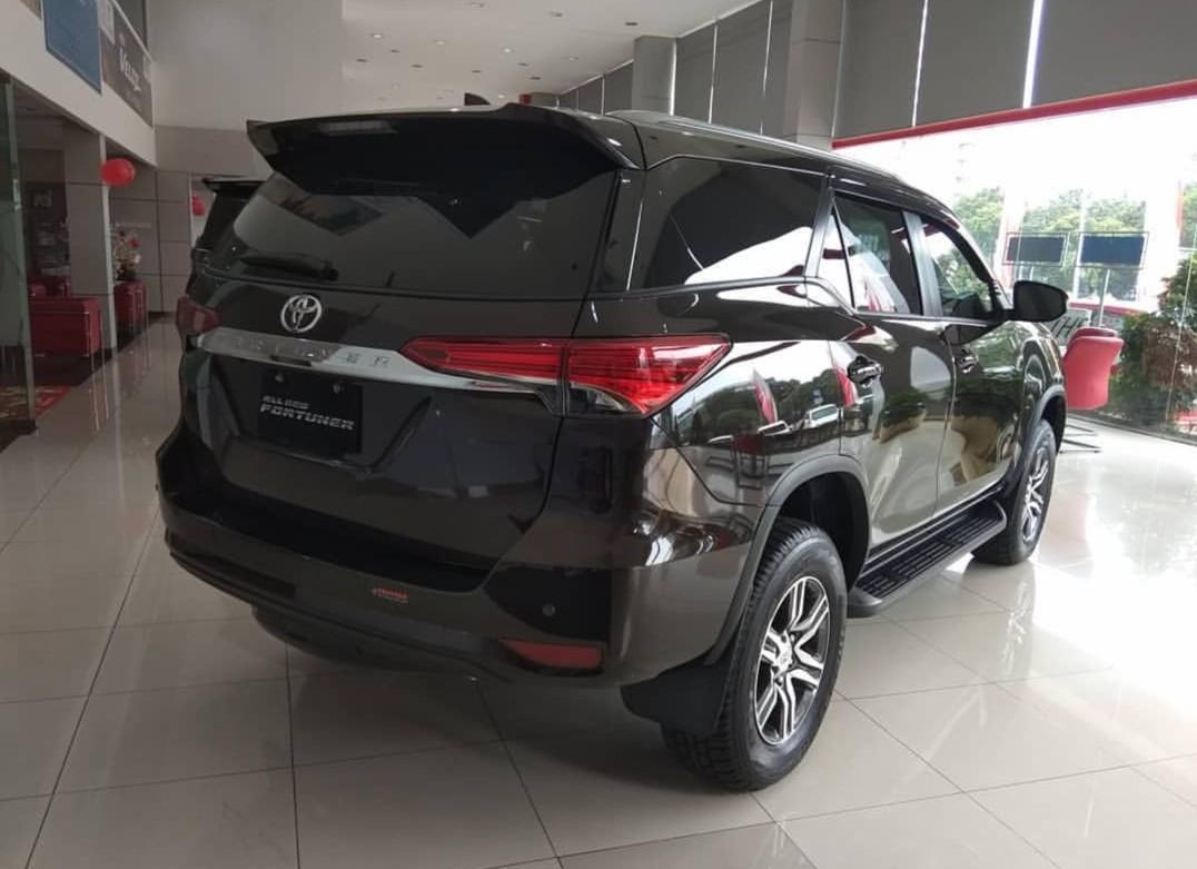 Toyota Fortuner 4x2 2.4 G MT Diesel 2019 Alphard Rush Agya Avanza Vios Calya Yaris Fortuner Kijang Innova Hi Lux S E G Q V SRZ VRZ VELOZ MT AT 2019
