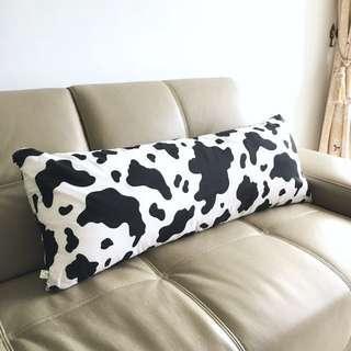 🚚 好好抱乳牛長型抱枕