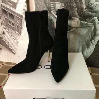 🚚 ALDO 麂皮高跟靴