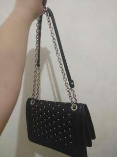 ❌NOBARTER Black Sling Bag zara