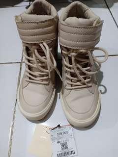 Bershka Suede Sneakers Boots