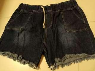 🚚 Shorts 4xl