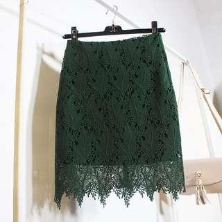 🚚 全新韓版水溶蕾絲鏤空鈎花中高腰中長款羽毛蕾絲包臀半身裙