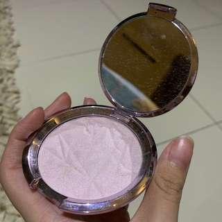 Becca shimmering skin perfector (amethyst)