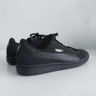 puma sneakers matte black