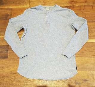 Bench Shirt - Medium