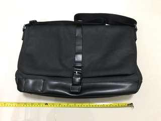 Calvin Klein Messager Bag