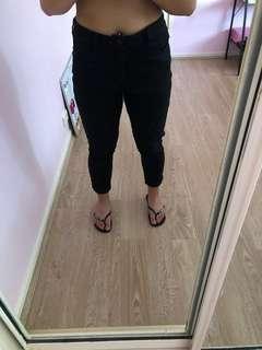 Black high-waisted jeans