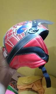 Helm Anak Spiderman