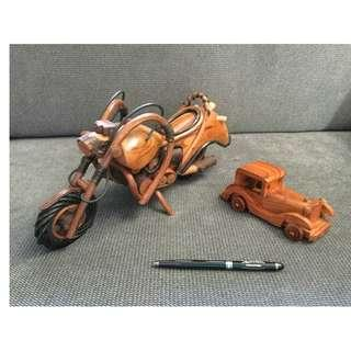 Wooden rattan motorcycle and vintage car models set