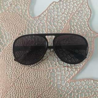 Flat top round sunglasses