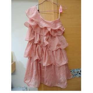 (全新) 韓國甜美浪漫飄逸蛋糕荷葉層次斜肩洋裝