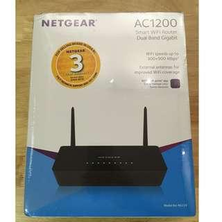 New Sealed | Netgear AC1200 R6220 Smart Dual Band Gigabit Wifi Router