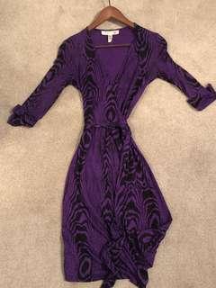 Vintage Diane Von Furstenberg wrap dress in rare print size 0