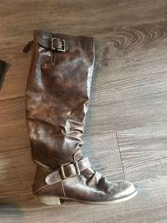 Size 6-6.5 Browns Boots