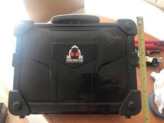 幪面超人-幪面超人(Fourze DX)變身器保護盒+3 變身器 - 1 set (請注意內文)