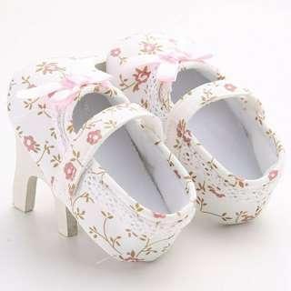🚚 Baby prewalker shoes 6-12m 12-18m
