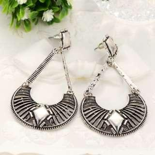 Vintage Tibet Sector Hollow Drop Earrings
