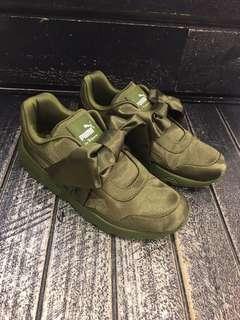 PUMA麂皮緞帶鞋