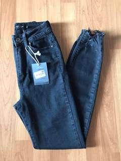 BNWT Factorie High Waisted Skinny Jeans (Black)