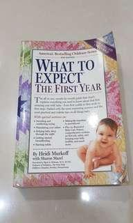 Buku Parenting - what to expect the first year
