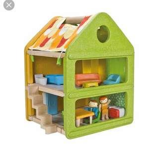 🚚 Plan Toys Dolls house 7600 (without furniture $65 with $120)