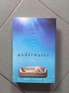 Book / Novel / ; Underwater (Hard Cover)