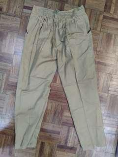 Slight damage 2pcs Pants both with pockets