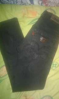 Celana Jeans Hitam uk. 28