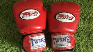 Boxing Gloves Twins 14oz 100% authentic