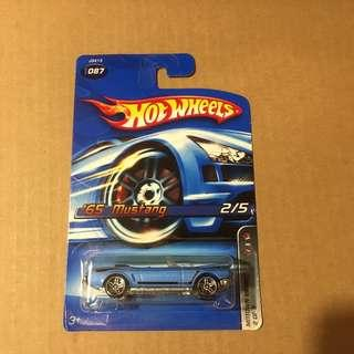 Hot Wheels '65 Ford Mustang Convertible Blue