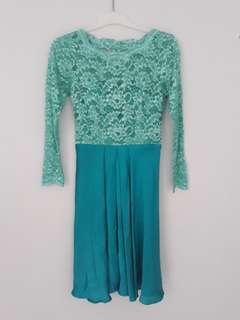 dress brokat hijau