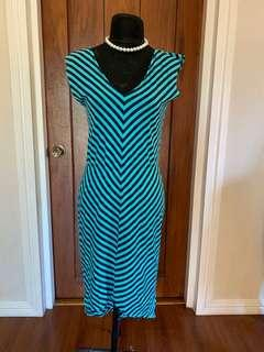 Assymetrical printed dress S-M