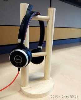 🚚 Headphone Stand
