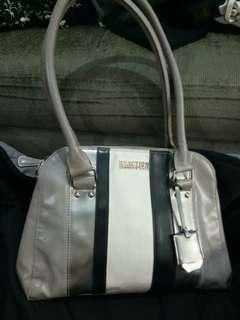 Keneth Cole bag