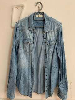 (instock) forever 21 light denim wash star print button up flannel