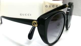 🚚 Authentic Gucci Sunglasses GG0369S 001 with Individualized serial number
