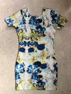 🚚 MDS Floral Bodycon Dress