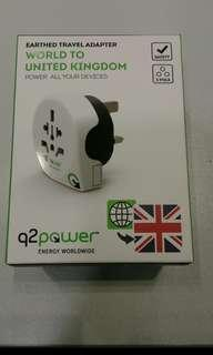 Earthed travel adapter- World to United Kingdom