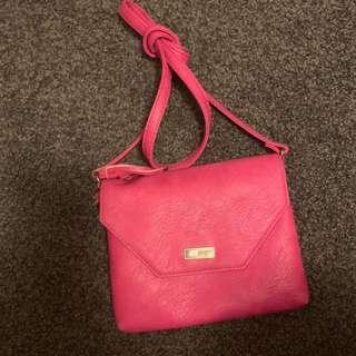 Roxy walls style shoulder bag