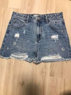 SixtyEight shorts