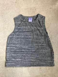 🚚 Grey Sleeveless Crop Top