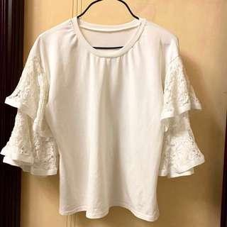 New lace top