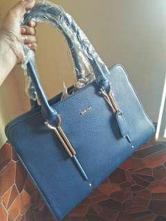 Sembonia Shoulder Bag