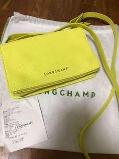 🚚 Longchamp yellow leather